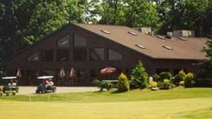 Hankerd Hills GC: Clubhouse