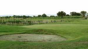 Old River GC: chipping green & sand bunker