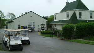 Hickory Sticks GC: clubhouse