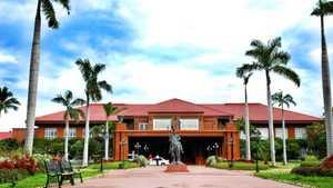 Fort Ilocandia Resort