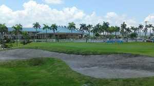 Royal Garden GCC: clubhouse