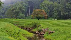 Shawnee Inn and Golf Resort - Red Course - hole 1