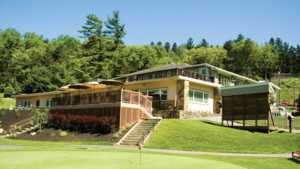 Galen Hall GC: Clubhouse