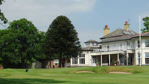 Upton by Chester GC: Clubhouse