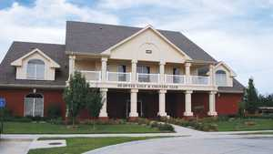 Shawnee GCC: Clubhouse