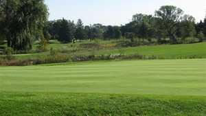 Sylvan Glen: 1st green