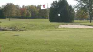 Baehmanns Golf Center: #8