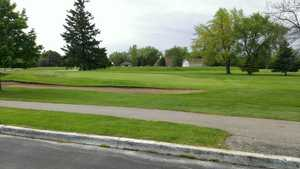 pine shores municipal golf course in saint clair michigan usa golf advisor. Black Bedroom Furniture Sets. Home Design Ideas