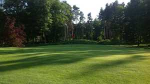 1st green on the Pines Course