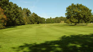 St George's Hill GC - Green: #4