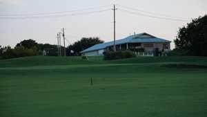 Bluebonnet Hill GC: Clubhouse