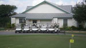 SilverHorn GC of Texas: putting green