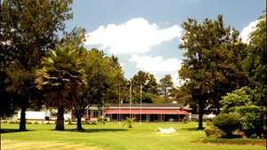 Warren Hills GC: clubhouse