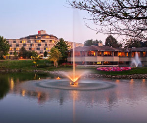 Relax. Stay. Play. At Hilton Indian Lakes