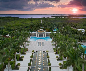 Coconut Point Chip-In lets you stay and play on Florida's Gulf Coast