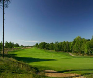 Yarrow Stay & Play Packages
