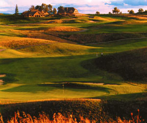 Hole-in-One Golf & Stay at Crystal Springs