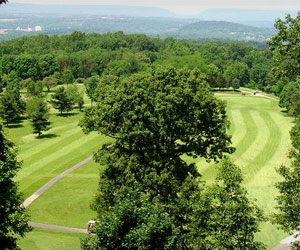 Stay and Play at Apple Mountain Golf Course and Harker's Hollow Golf & Country Club