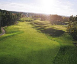 Play All Day at Settler's Ghost Golf Club