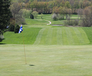 Stay, Play, Golf and Eat at Spring Valley Golf and Lodge