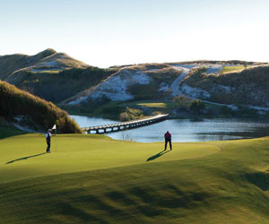 The Stay and Play 18 Summer Package at Streamsong®